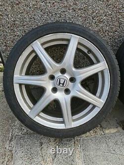 Honda Civic Alloy Wheels & Tyres FN2 Type R 4 x 18 5 x 114.3 7J