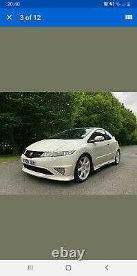 Honda civic type car r fn2 Full Honda Service History. Limited Edition